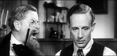 Leslie Howard as Philip Carey in Of Human Bondage